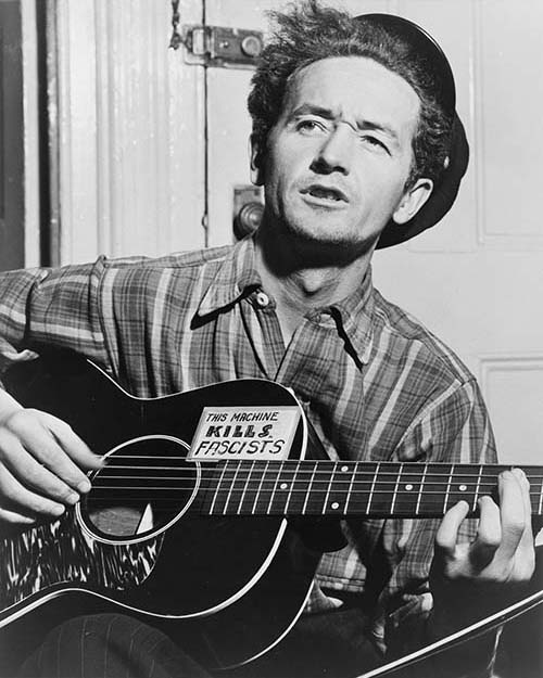 Woody Guthrie 'This machine kills fascists'